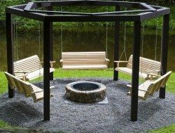 How cool are these swings around a fire pit?