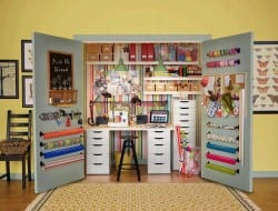I have a few crafty friends who could really use a set up like this!
