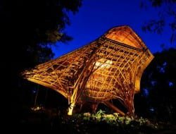 Ahhh... the wonders of bamboo! Be enthralled as you view this fabulous childrens' activity centre. Located within the Soneva Kiri Resort, it's hand-built entirely from nature's most versatile gift. You'll find the full album of 40 images on our site now at http://bit.ly/X0Svoq
