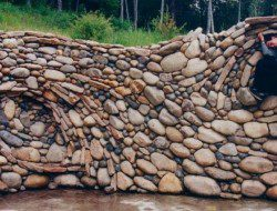 This is the work of Michael Eckerman, and I'd be more than happy for him to build a dry stone wall at my place!