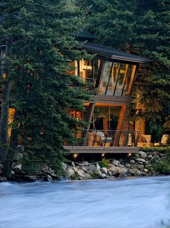 River-frontage in Aspen…