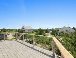The First Container Home in the Hamptons - Deck