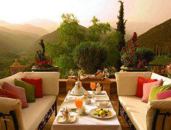 A lovely clear day, a great location. Would you be happy lunching with family and friends here?