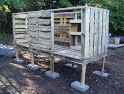 DIY Pallet Chicken Coop - Chicken House