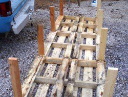 DIY Pallet Chicken Coop - Chicken House Legs