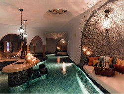 Indoor Pool Design Ideas with Mini Bar in The Inside  - Remals