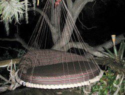 Outdoor Hanging Daybed - The floatingbed