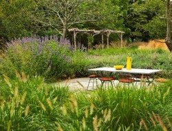 Or this arbour by Oehme, van Sweden Landscape Architecture