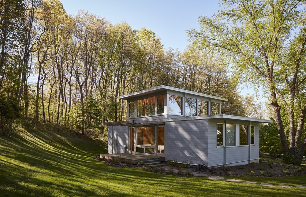 Don't let its small size fool you - this lakeside retreat certainly packs a punch.
