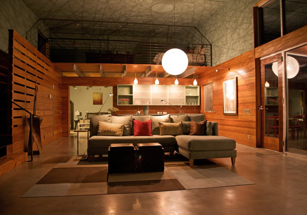 The interiors are warm and comfortable, pretty much what one would expect from a cottage.